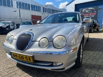 Jaguar S-type Jaguar S-type 3.0 V6 Executive 2000/9
